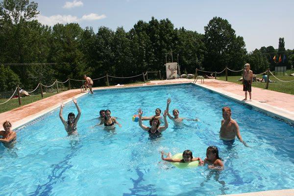 Camping Laspaules piscina
